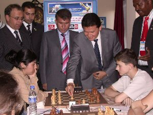 Kirsan Ilyumzhinov is making 1st move