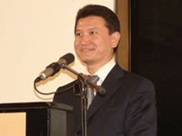 Kirsan Ilyumzhinov opens the Children Olympiad
