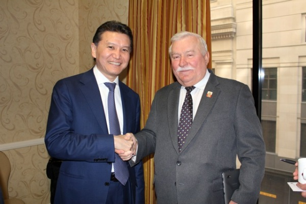 Ilyumzhinov_and_walesa