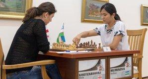 r2 021 WGPTashkent2013 Khotenashvili-Muminova