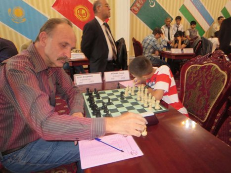 1st places among seniors and juniors - IM Vladimir Egin and FM Temur Igonin