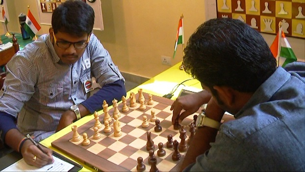 2012 Commonwealth champion MR Lalith Babu lost to former Asian Junior champion Deepan Chakkaravarthy