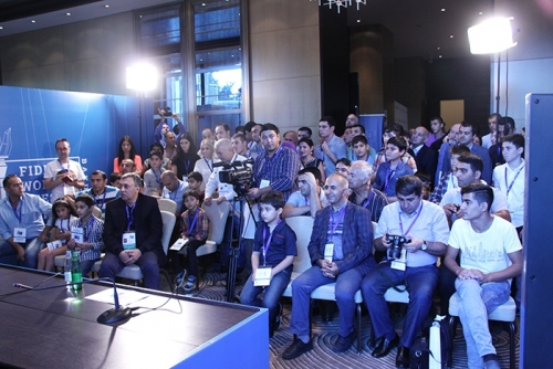Crowded room during Mamedyarovs press conference