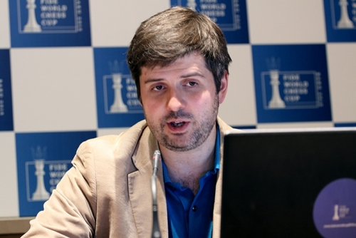 Peter Svidler eliminated former world champion Veselin Topalov