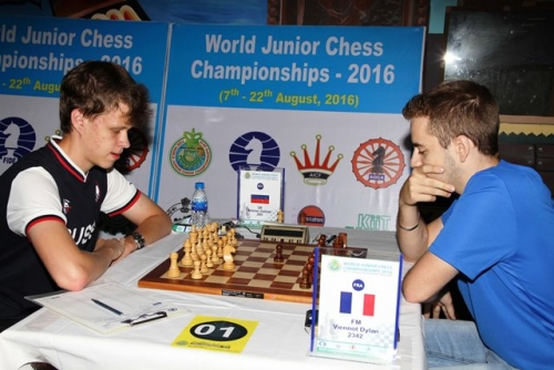 Top seed GM Artiemev Vladislav of Russia defeated FM Viennot Dylan of France