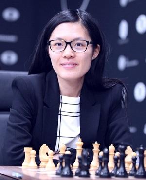 Hou Yifan2
