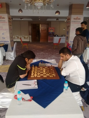 Abhijit Kunte was lucky to escape with a draw because of some miscalculations by Debashis Das