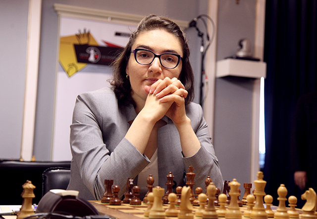 m 20190612 R10 8019 Nana Dzagnidze Anastasiya Karlovich